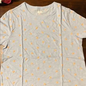 Old navy women's t-shirt